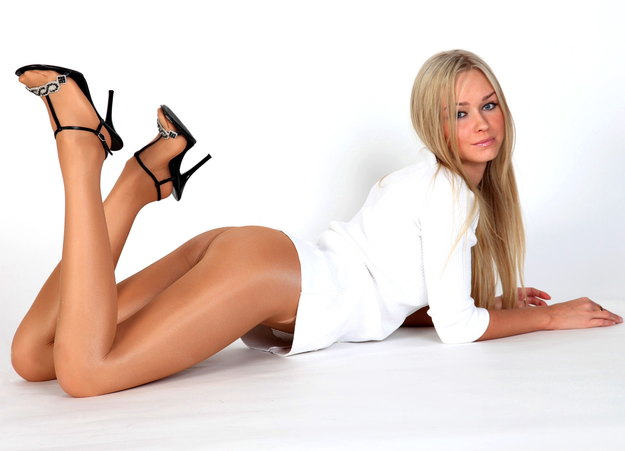 Русская женщина в колготках 28 фотография